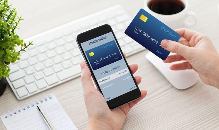 Las operaciones con tarjeta de crédito en eCommerce se incrementaron 53% en México en el último año [Condusef]