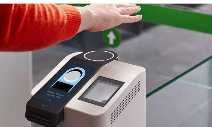 Amazon One, un nuevo medio de pago contactless... que leerá la palma de tu mano