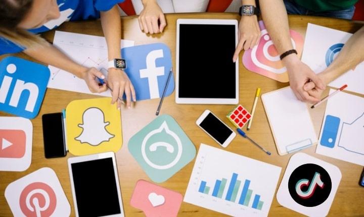 publicidad de redes sociales