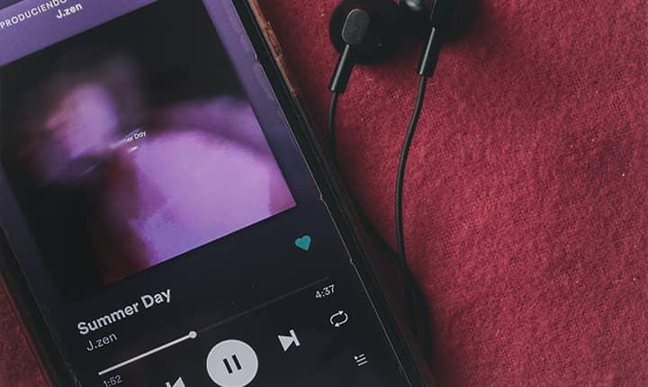 música vía streaming
