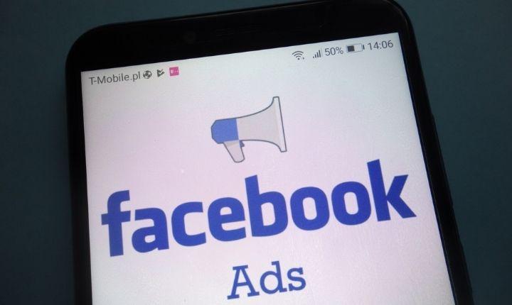 Sticker ads en Stories: así son los nuevos formatos publicitarios de Facebook