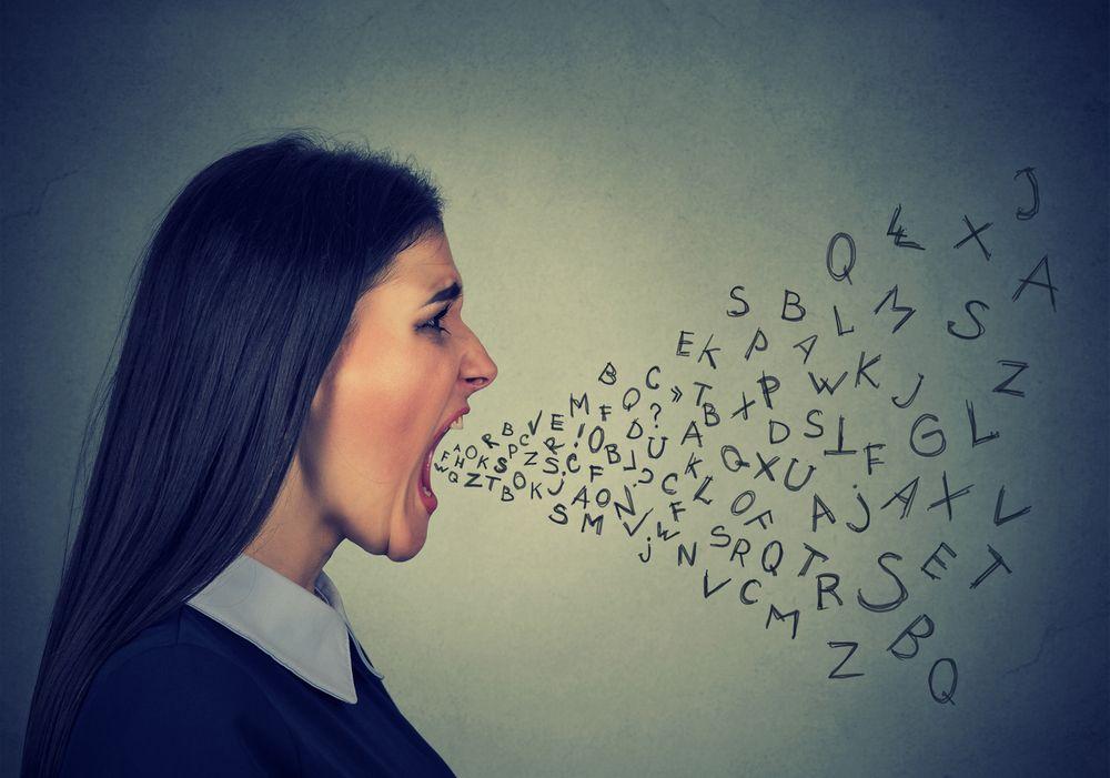 cómo moderar comentarios