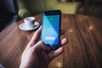 ¿Se parecen las cuentas de famosos en Twitter a los bots?