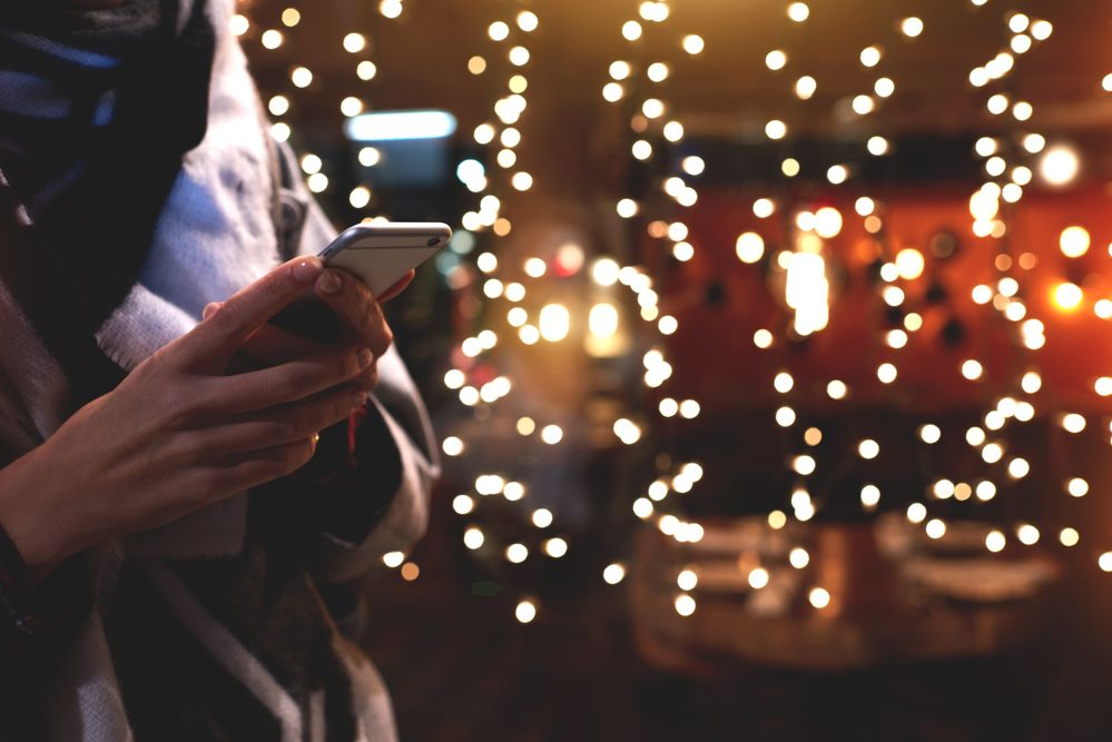por qué comprará con el móvil estas Navidades en España