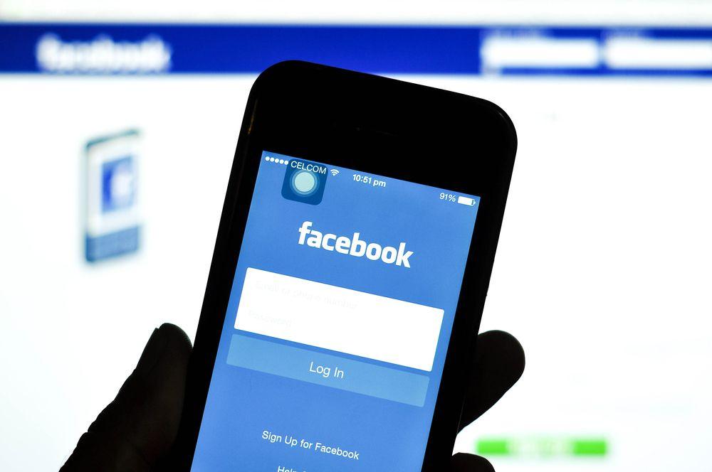 Quién es quién en el caso Cambridge Analytica: la polémica que ha hecho tambalear a Facebook en Bolsa