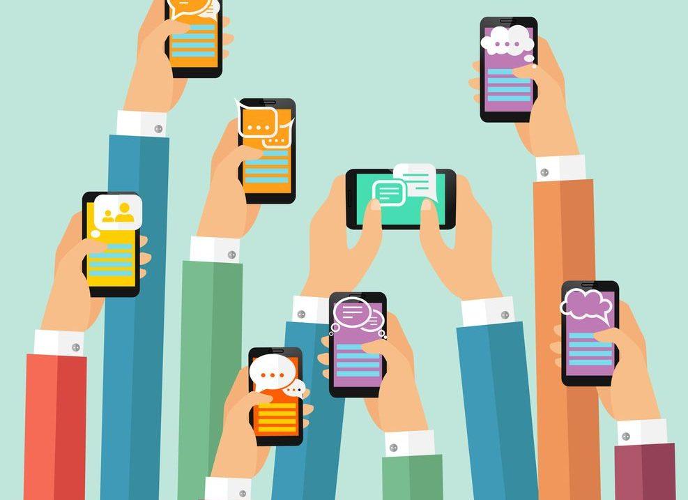 Google Chat, la enésima apuesta de Google por la mensajería móvil que busca competir con WhatsApp
