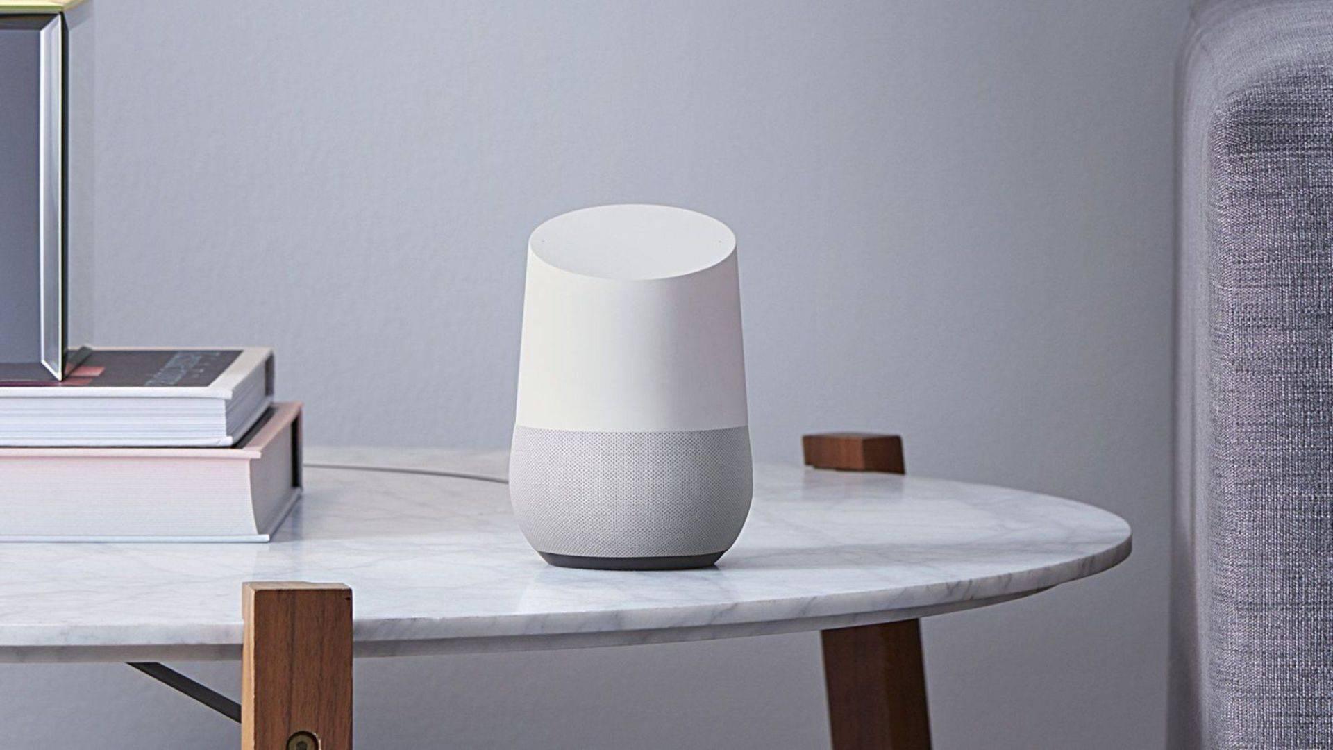 Google Home ya habla español y gana la carrera a Amazon en su expansión