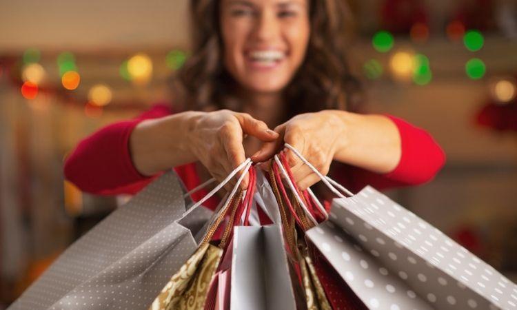 Uno de cada 10 españoles realizará todas sus compras navideñas online