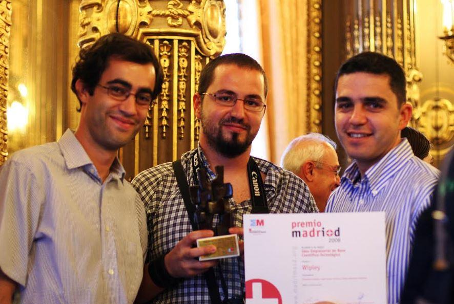 """2008, cuando recibimos uno premio de Madri+D a mejor idea de base tecnológica por el uso de nuestro sistema de recomendación en Wipley, nuestra red social de videojuegos. Este fue el empuje que necesitamos en su momento para """"creernos"""" del todo el proyecto y crear la empresa"""