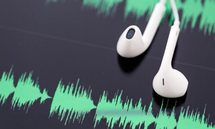 Spotify invertirá 500 MM$ en potenciar su división de podcasts: las claves de su apuesta millonaria