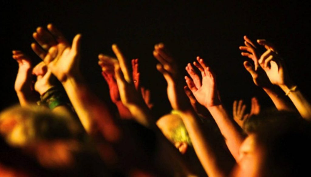 5 PRAISE & WORSHIP SONGS CHORD PROGRESSIONS YOU SHOULD KNOW yallemedia.com