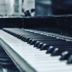 Learn Piano Yallemedia