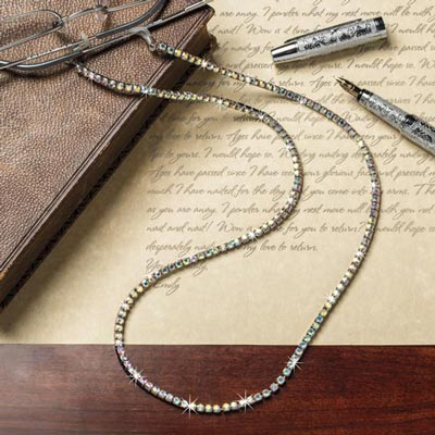 Glimmering Rhinestone Eyeglass Chain