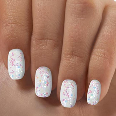 Iridescent Fashion Nails