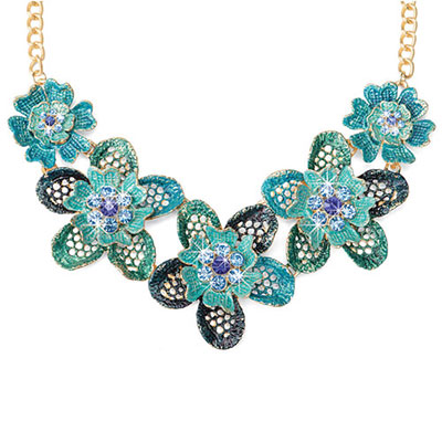 Faux Lace Flower Necklace