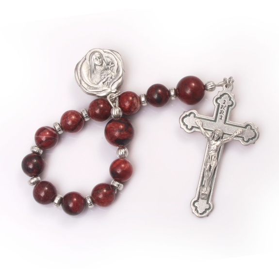 Heirloom Pocket Rosary (silver gift box)