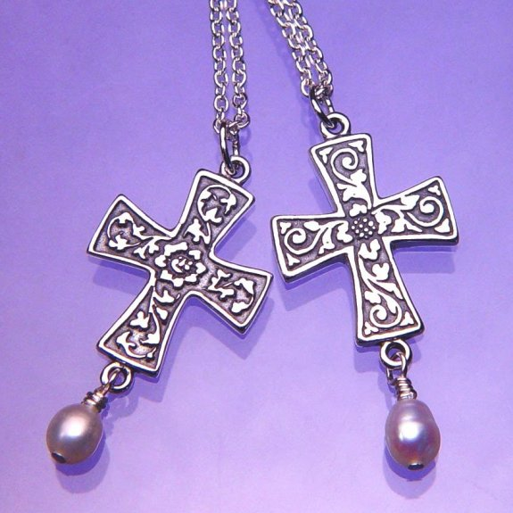 Renaissance Cross & Pearl Necklace (silver)