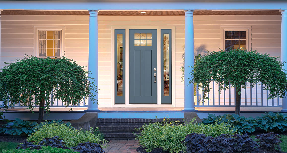 Smooth-Star Shaker Style Front Door
