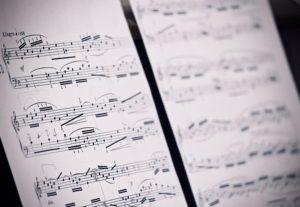 Escritor de letras musicales de todos los géneros