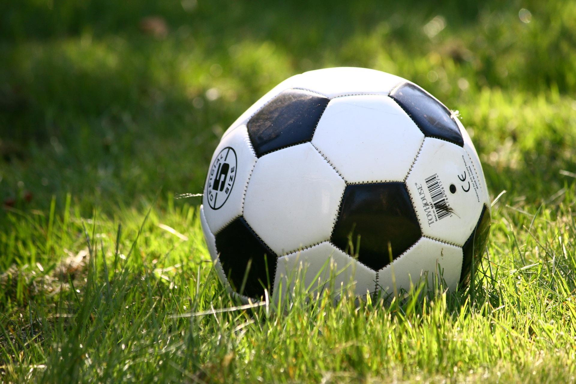 football 1396740 1920