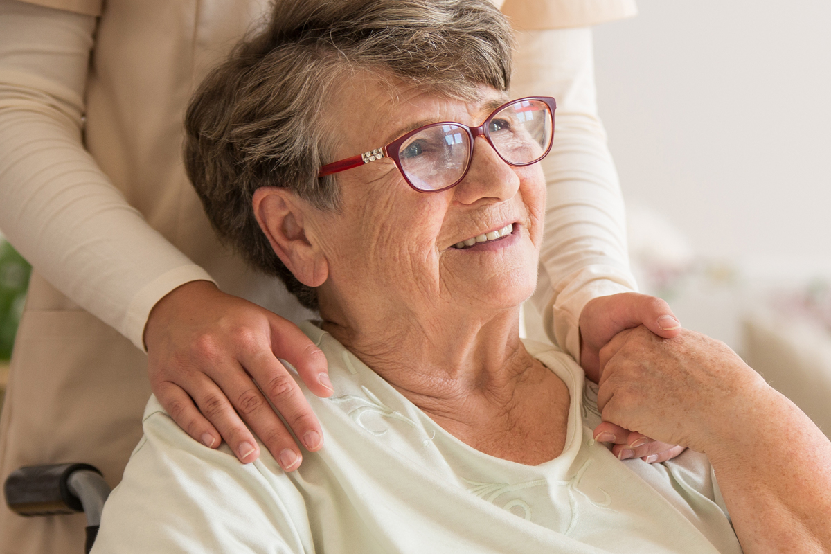 Early Palliative Care Eases Symptoms of Lung Cancer