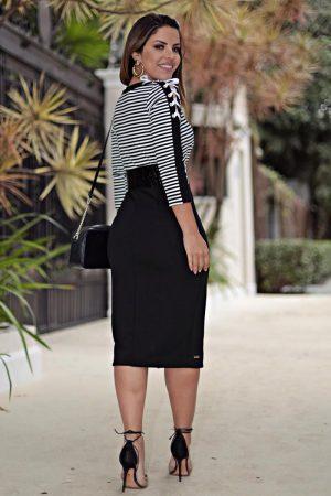 Vestido Tubinho P&b malha crepe com cinto moda evangélica