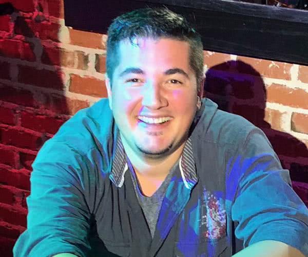 Daniel Korzelius Dc Piano Bar