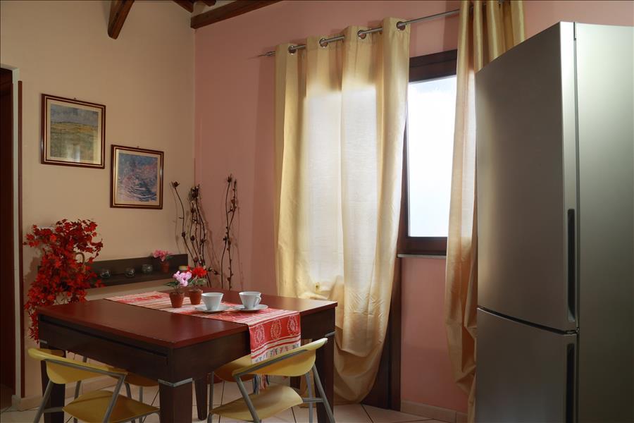 Appartement de vacances Bright 1bdr apt w/terrace (1920142), Catania, Catania, Sicile, Italie, image 3