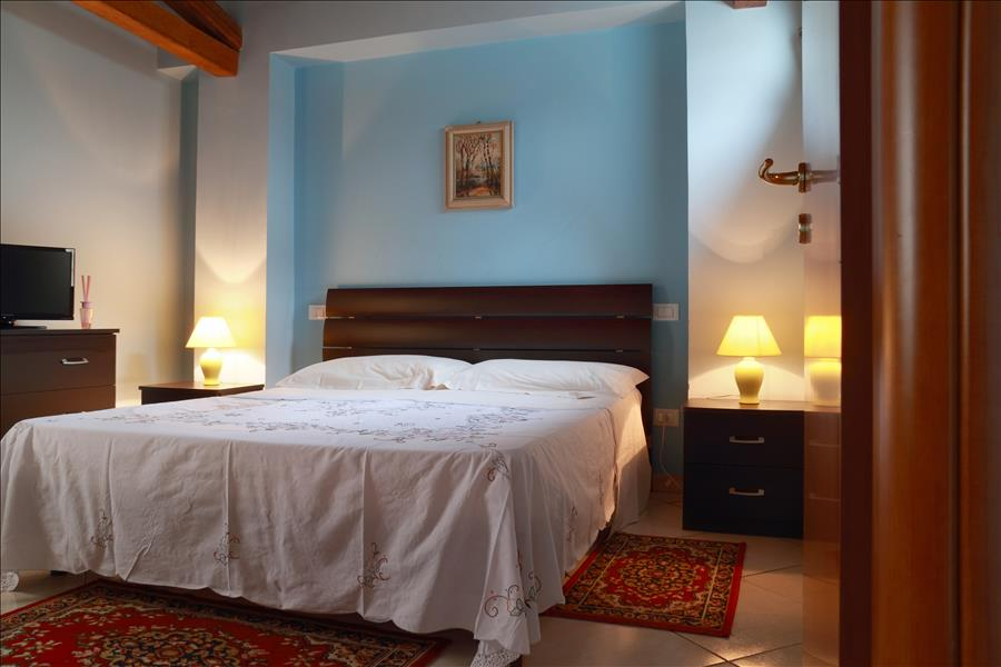 Appartement de vacances Bright 1bdr apt w/terrace (1920142), Catania, Catania, Sicile, Italie, image 9