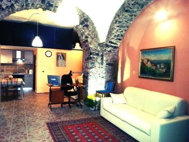 Appartement de vacances Roomy studio in the historic centre (1920141), Catania, Catania, Sicile, Italie, image 4