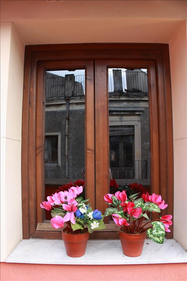 Appartement de vacances Cozy 1bdr apt w/terrace (1920140), Catania, Catania, Sicile, Italie, image 16