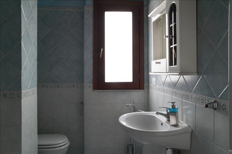 Appartement de vacances Bright 1bdr apt w/terrace (1920142), Catania, Catania, Sicile, Italie, image 11