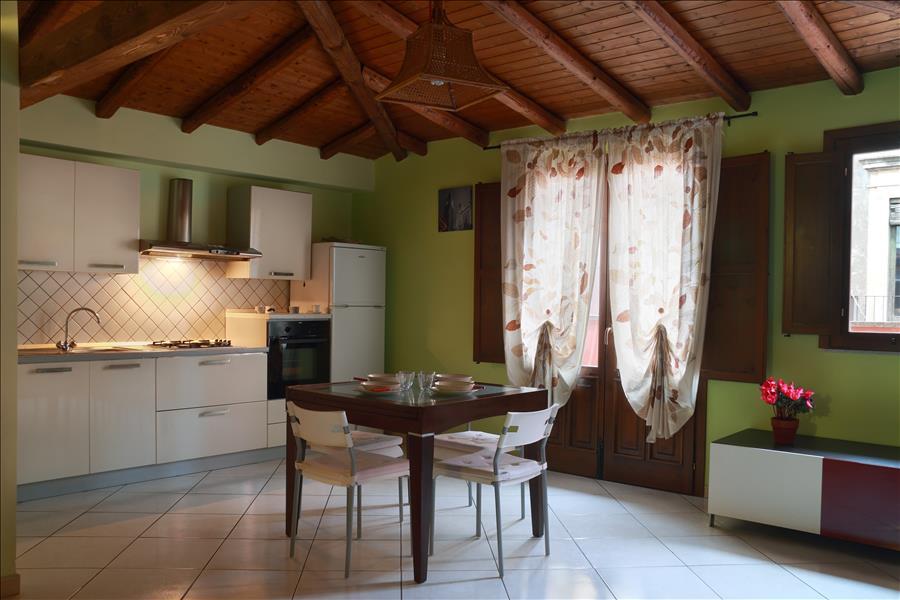 Appartement de vacances Cozy 1bdr apt w/terrace (1920140), Catania, Catania, Sicile, Italie, image 4