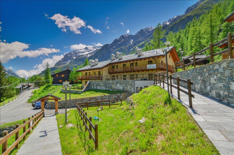 Ferienwohnung 1bdr with views of the Alps (1917508), Gressoney la Trinite', , Aostatal, Italien, Bild 12