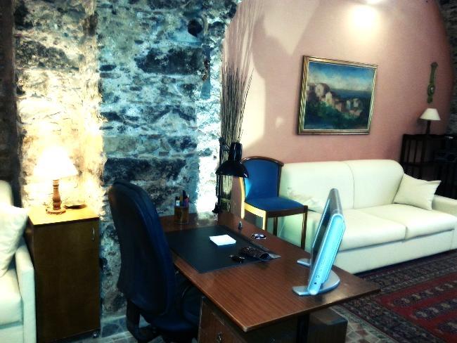 Appartement de vacances Roomy studio in the historic centre (1920141), Catania, Catania, Sicile, Italie, image 3
