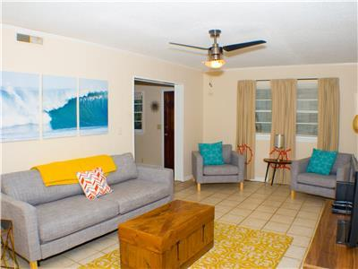 Atomic Folly Blast from the Past Classic 2 Bedroom Duplex Close to Beach! Downstairs Unit