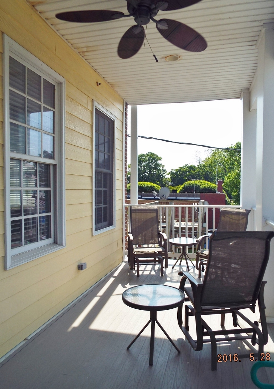 Laughing Gull Pet Friendly Sleeps 6 8 One And One Half