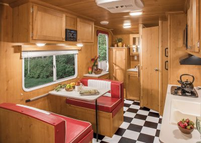 2017-Riverside-RV-Retro-189R-Kitchen