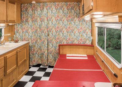 2017-Riverside-RV-Retro-189R-Dinette-Down