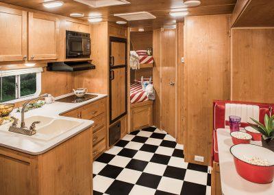 2017-Riverside-RV-Retro-265RB-Kitchen