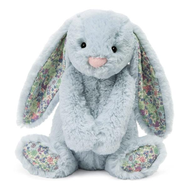 Bashful Bunny Beau