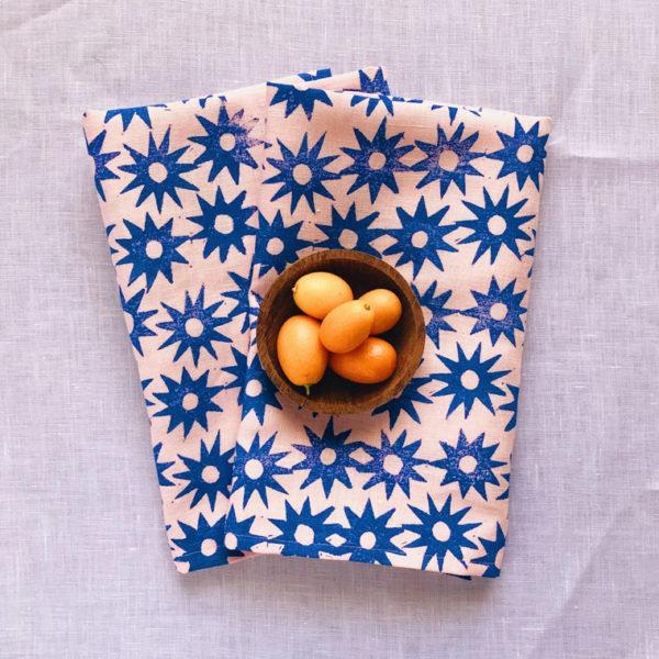 blush santorini sun dinner napkins 1