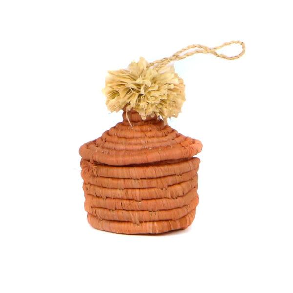 pom pom ornament 1