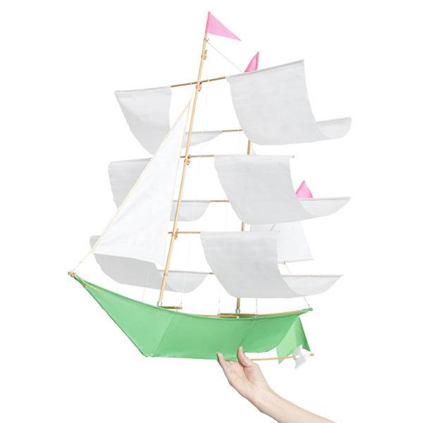 pixie-ship-kite