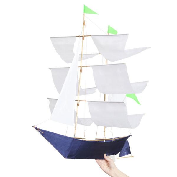 anne-bonny-ship-kite