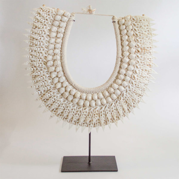 2213 balinese necklace shell 2
