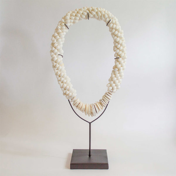 2213 balinese white shell necklace 2