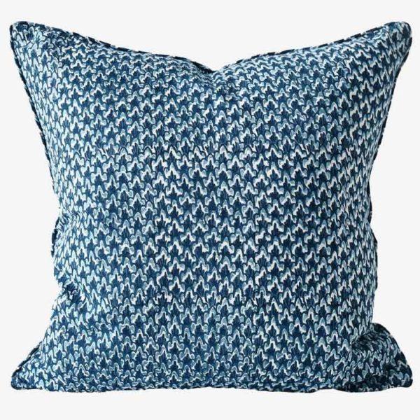 Biarritz-Riviera-linen-cushion