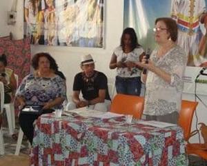 Walderez Nosé fala com professores, gestores e representantes de ONGs do Rio Grande do Norte sobre temas relacionados à educação integral. (Foto: divulgação)