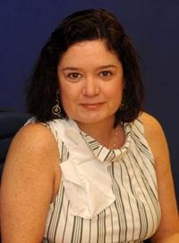 Isabel Santana é gerente da     Fundação Itaú Social e especialista     em Educação Integral